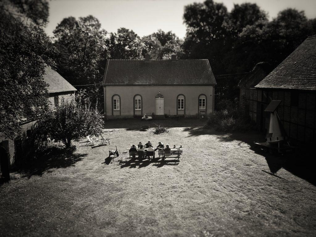 Entspannung im Tai Chi Camp in Polen